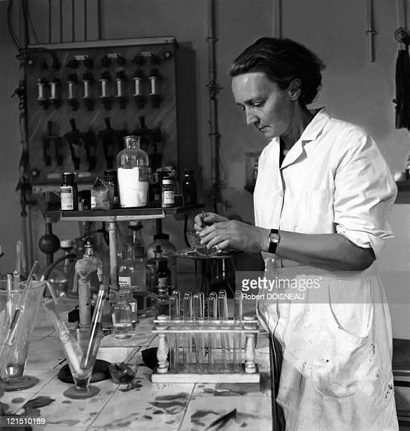 Irene Joliot Curie In The Curie Laboratory Of The Radium Institute