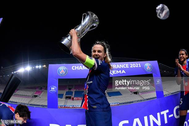 Irene Paredes of Paris Saint-Germain poses with the trophy after winning the D1 Arkema championship after the D1 Arkema match between Paris SG and...