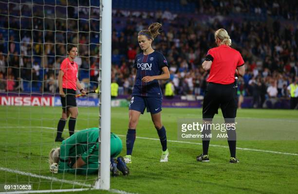 Irene Paredes of PSG runs over to console Goalkeeper Katarzyna Kiedrzynek of PSG during the UEFA Women's Champions League Final match between Lyon...