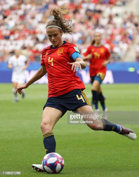 Irene Paredes of Spain in action during the 2019 FIFA Women's World Cup France Round Of 16 match between Spain and USA at Stade Auguste Delaune on...