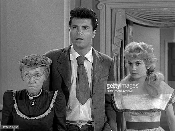 Irene Ryan as Daisy Moses Max Baer Jr as Jethro Bodine and Donna Douglas as Elly May Clampett in THE BEVERLY HILLBILLIES episode HairRaising Holiday...