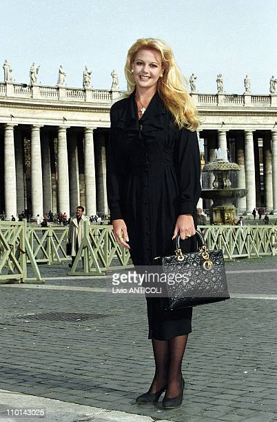 Irene Saez, Miss universal 1981, in Vatican in private audience in Rome, Italy on November 13, 1997 -