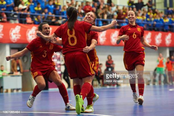 Irene Samper Bilbao of Spain celebrates after scoring with the team mates during a friendly futsal match between Spain and Russia on November 13 2018...