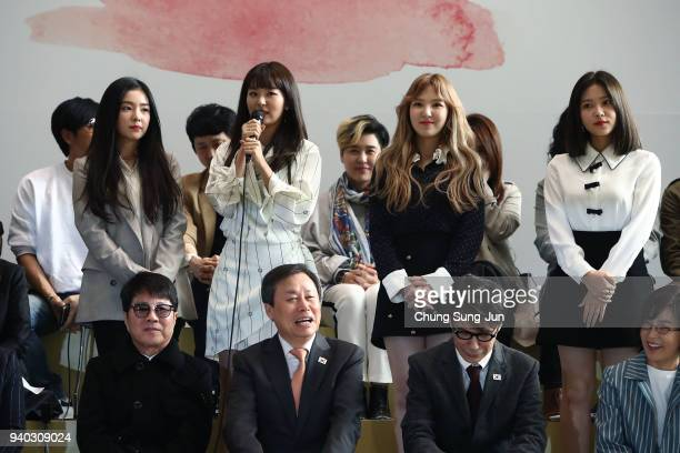 Irene Seulgi Wendy and Yeri of South Korean girl group Red Velvet attend the event before their departure to North Korea at Gimpo airport on March 31...