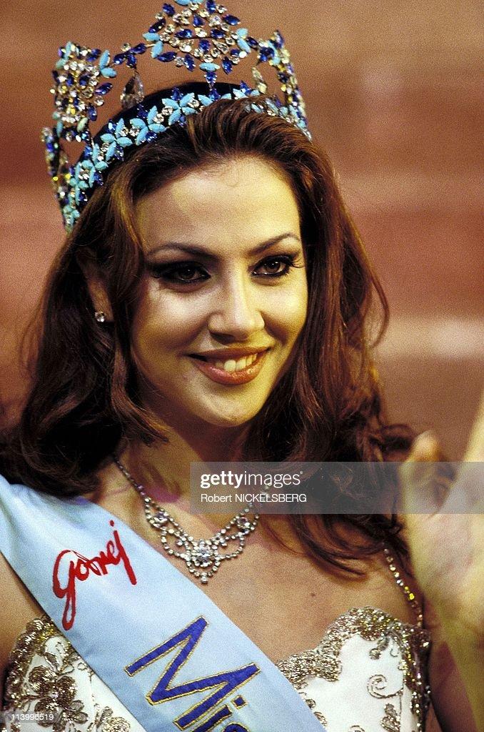 Irene Skliva, Miss World 1996 In Bangalore, India On November 23, 1996- : News Photo