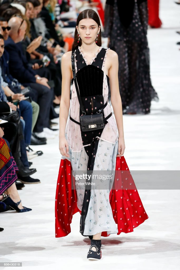 Irina Djuranovic walks the runway during the Valentino show as part of the Paris Fashion Week Womenswear Spring/Summer 2018 on October 1, 2017 in Paris, France.