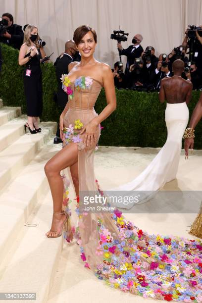 Irina Shayk attends The 2021 Met Gala Celebrating In America: A Lexicon Of Fashion at Metropolitan Museum of Art on September 13, 2021 in New York...