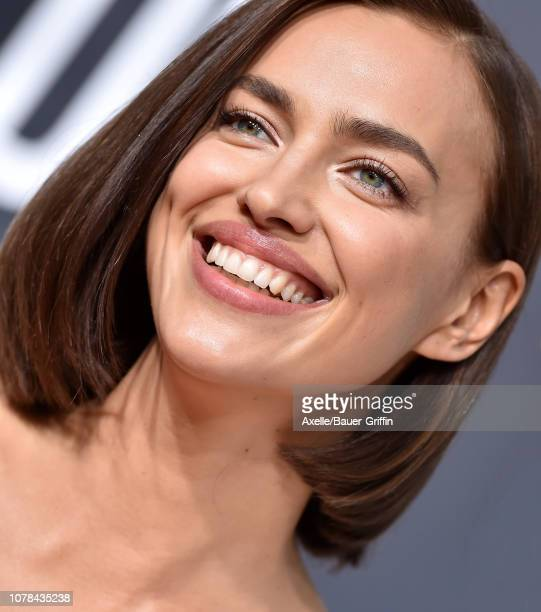 Irina Shayk attends the 76th Annual Golden Globe Awards at The Beverly Hilton Hotel on January 6, 2019 in Beverly Hills, California.