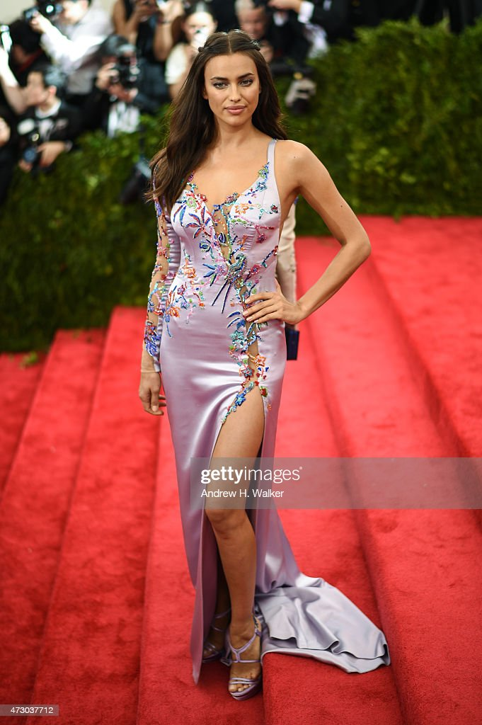 Irina Shayk attends the 'China: Through The Looking Glass' Costume Institute Benefit Gala at the Metropolitan Museum of Art on May 4, 2015 in New York City.