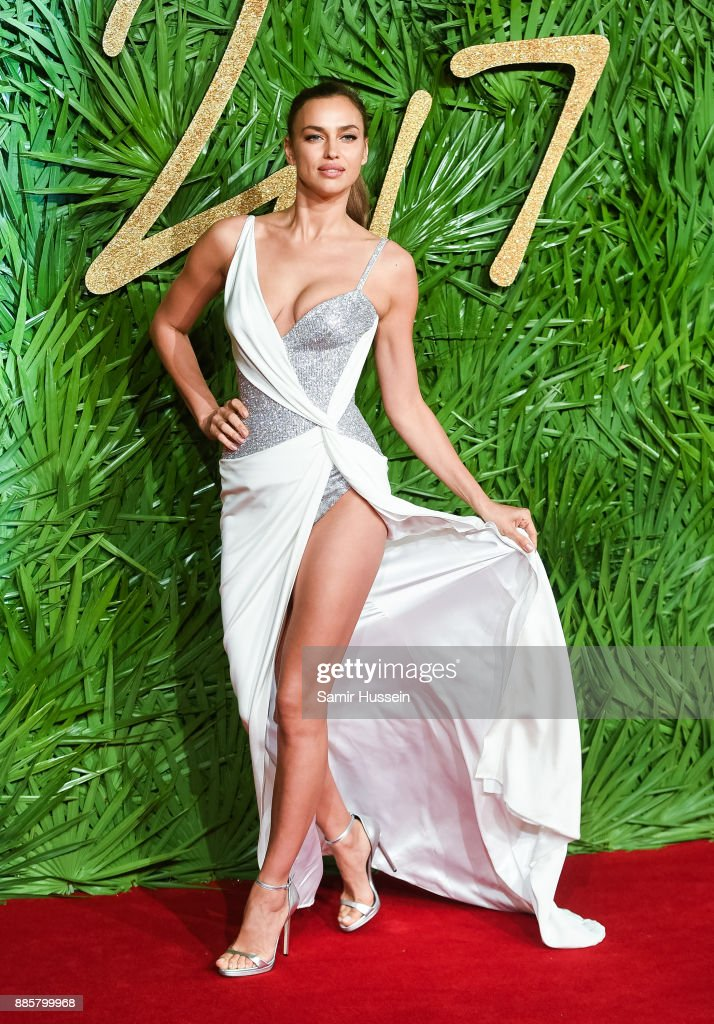 The Fashion Awards 2017 In Partnership With Swarovski - Red Carpet Arrivals : News Photo