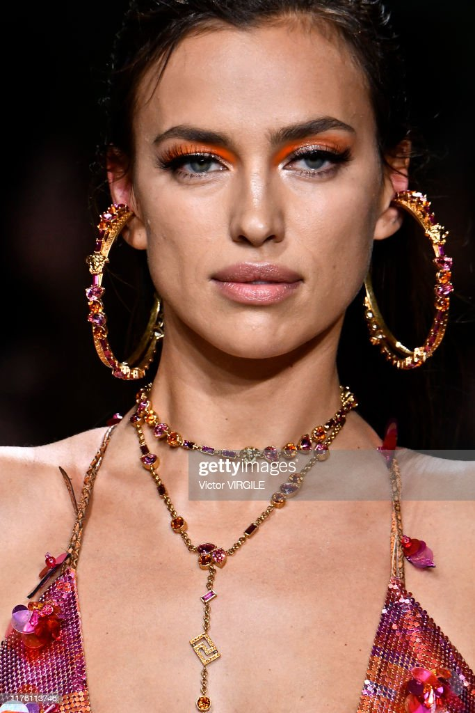 Versace - Runway - Milan Fashion Week Spring/Summer 2020 : News Photo