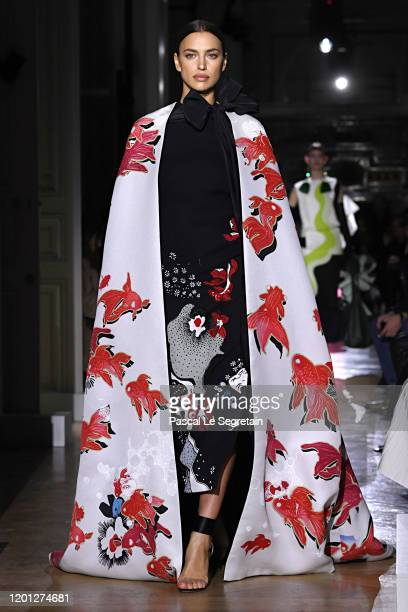 Irina Shayk walks the runway during the Valentino Haute Couture Spring/Summer 2020 show as part of Paris Fashion Week on January 22, 2020 in Paris,...