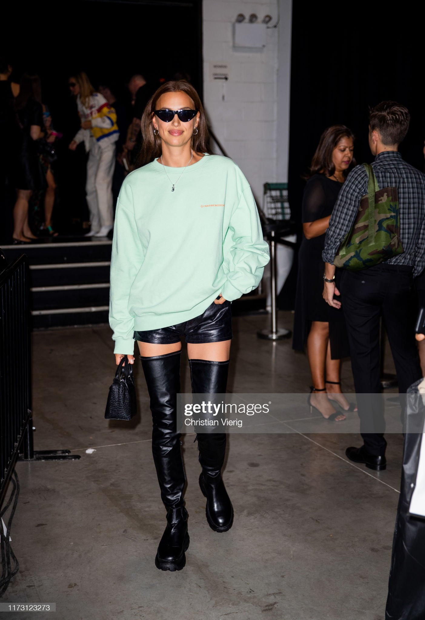 Street Style - New York Fashion Week September 2019 - Day 3 : News Photo