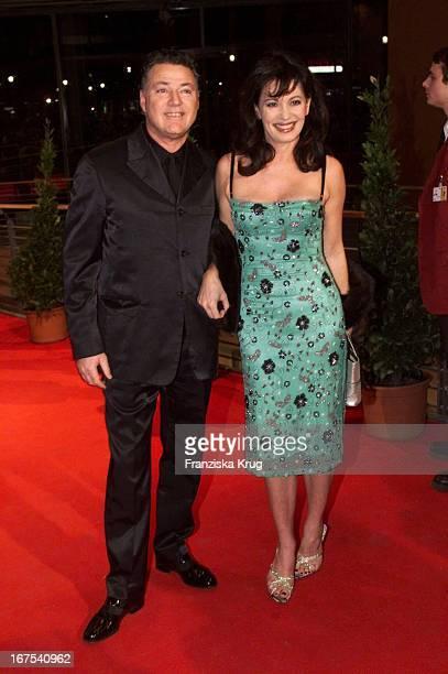 Iris Berben Freund Gabriel Lewy Bei 51 Berlinale Eröffnungsfilm 'Duell'