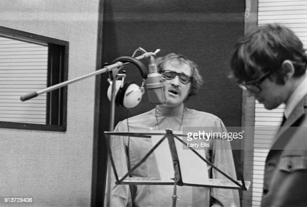 Irish actor and singer Richard Harris recording his debut album 'A Tramp Shining' UK 23rd January 1968