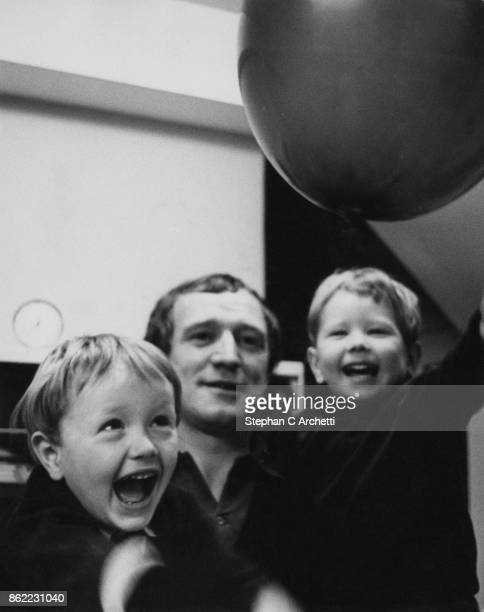 Irish actor Richard Harris at home with his sons Damian and Jared February 1966