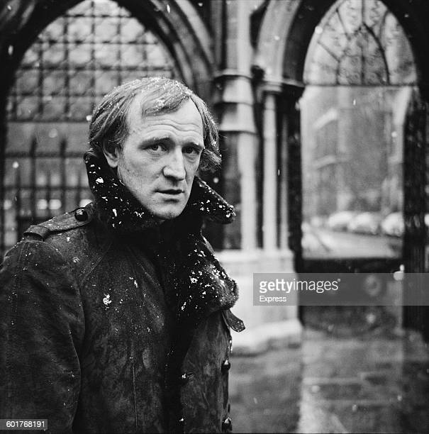 Irish actor Richard Harris outside the Royal Courts of Justice in London during his divorce proceedings 12th February 1970 He was married to Welsh...