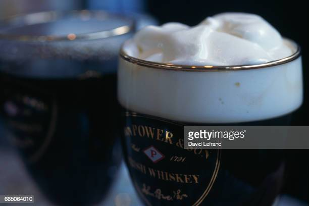 Irish coffee Images and captions taken from the book La Magie du Whisky