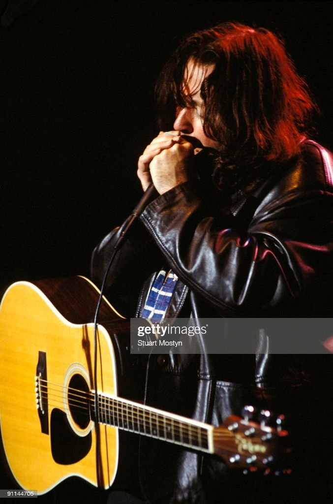 Photos en vrac - Page 8 Irish-guitarist-rory-gallagher-performs-live-on-stage-circa-1990-picture-id91144705