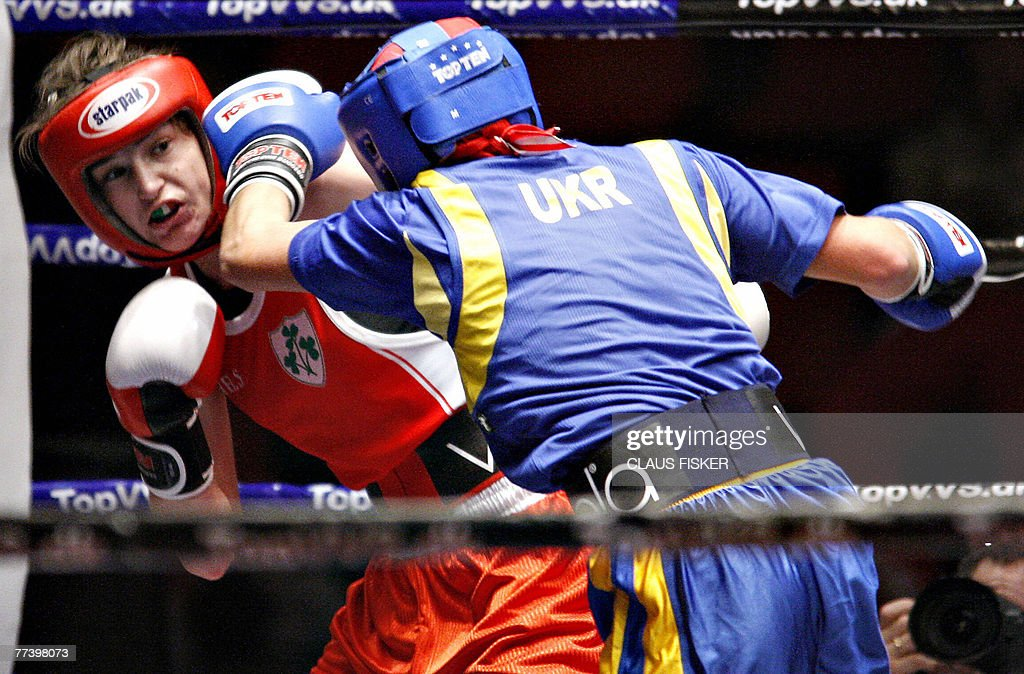 Irish Katie Taylor (L) fights with Yana Zavyalova from Ukraine during the semi finals of the European Amateur boxing for Women 18 October 18, 2007 in Vejle, Denmark.