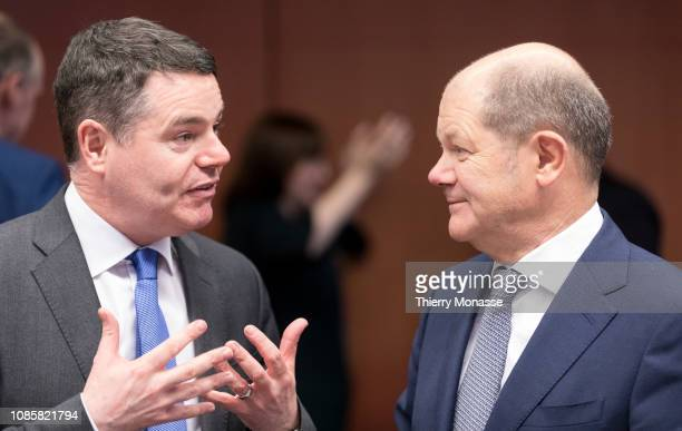Irish Minister for Public Expenditure and Reform Paschal Luke Donohoe is talking with the German Federal Minister of Finance Olaf Scholz prior to an...