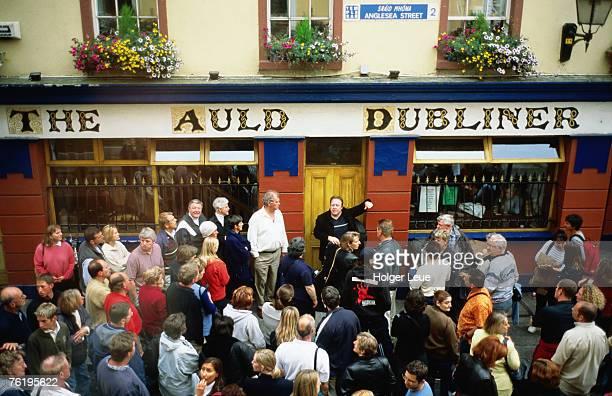 Irish music pub crawl, The Auld Dubliner, Temple Bar.