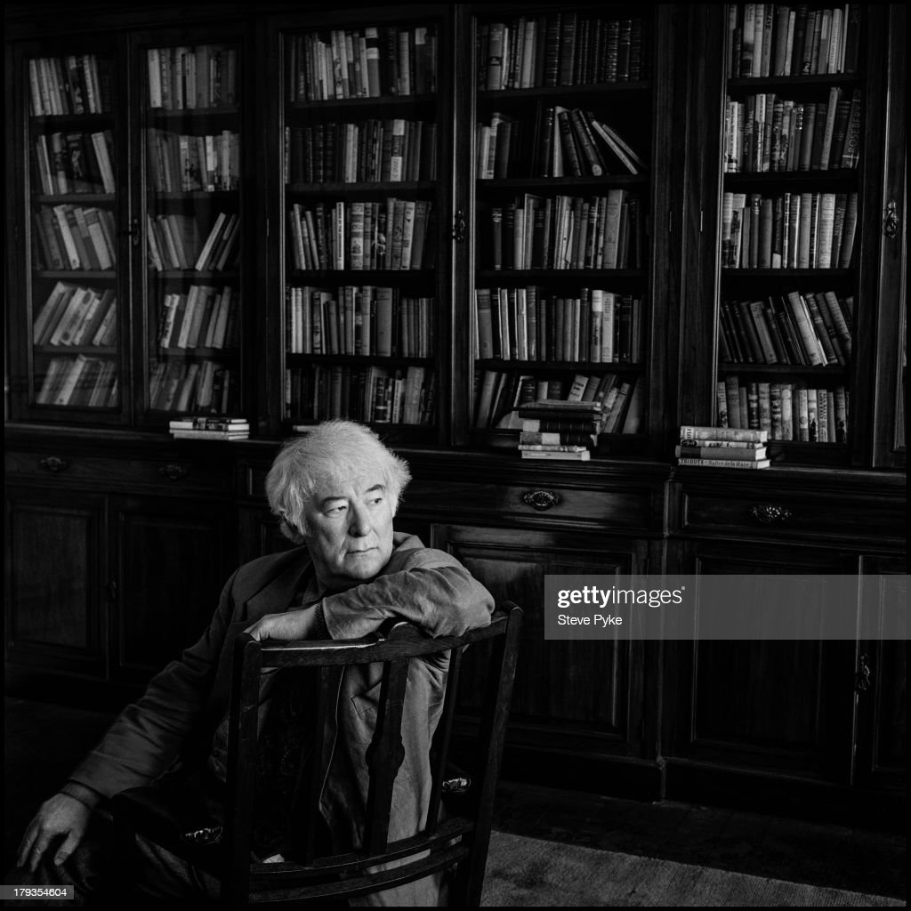 Irish poet and playwright Seamus Heaney (1939 - 2013) at the RSL (Royal Society of Literature) in London, 16th March 1995.