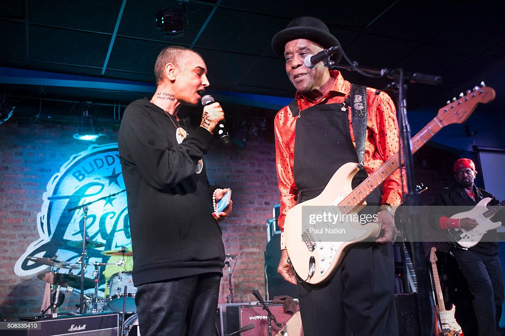O'Connor & Guy Perform On Stage : News Photo