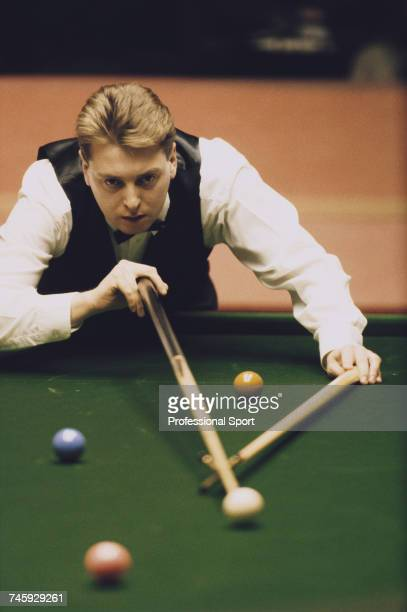 Irish professional snooker player Paddy Browne pictured in action during competition to lose to Willie Thorne in the first round of the 1989 Embassy...
