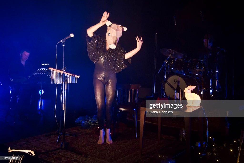 Camille O'Sullivan Performs In Berlin