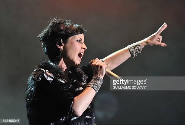 Irish singer Dolores O'Riordan of the Irish band The Cranberries performs on stage during the 23th edition of the Cognac Blues Passion festival in...