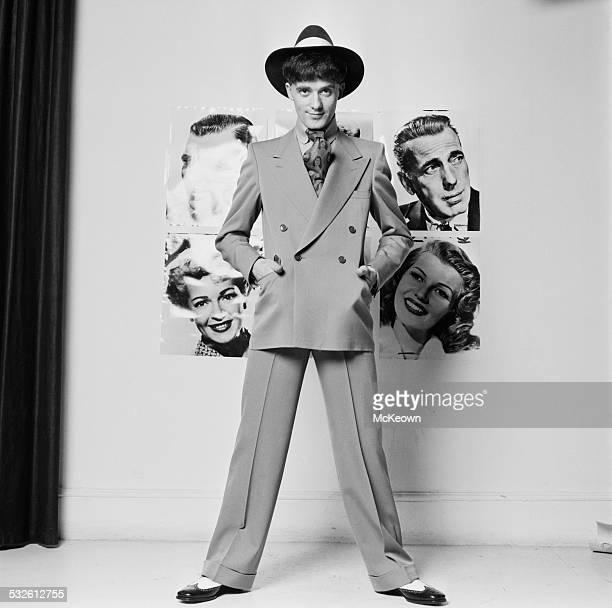 Irish singer-songwriter Gilbert O'Sullivan models a suit, 11th January 1972.