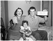 Irish sweepstakes winners 29 october 1952 con and eileen huetherlynn picture id1048299928?s=170x170