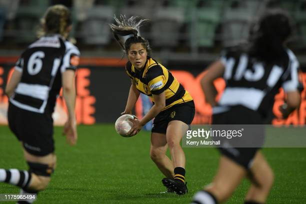 Iritana Hohaia of Taranaki looks to pass during the round 4 Farah Palmer Cup match between Hawke's Bay and Taranaki at McLean Park on September 20...