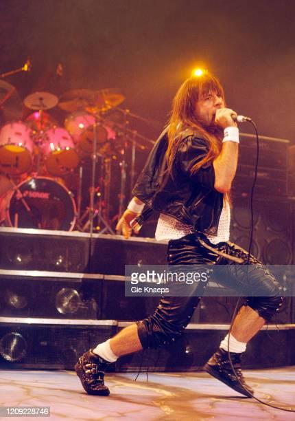 Iron Maiden, Bruce Dickinson, Vorst Nationaal, Brussel, Belgium, 17 August 1992.
