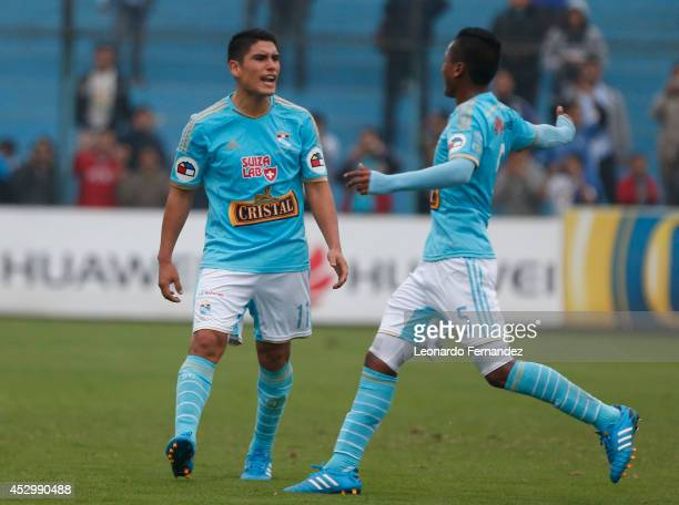 Irven Avila of Sporting Cristal celebrates after scoring his team's fourth goal during a match between Sporting Cristal and Leon de Huanuco as part...
