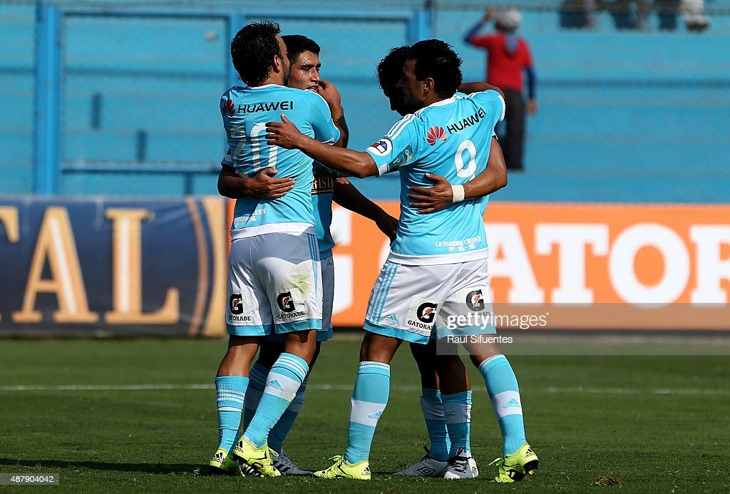 Sporting Cristal v Alianza Atletico - Torneo Clausura 2015