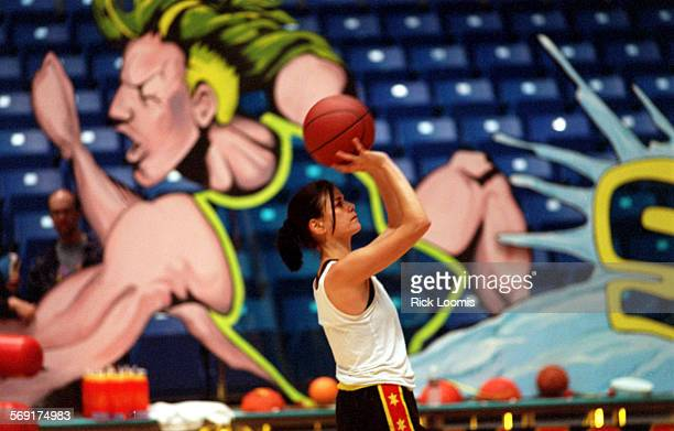 Irvine–Actress Linda Fiorentino of the Violators practices for her team's game against the Bricklayers at the Bren Center on the campus of UC Irvine