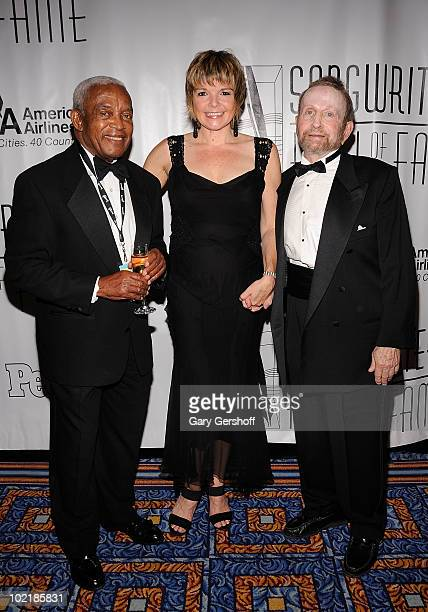 Irving Burgie Karin Allyson and Johnny Mandel attend the 41st Annual Songwriters Hall of Fame Ceremony at The New York Marriott Marquis on June 17...