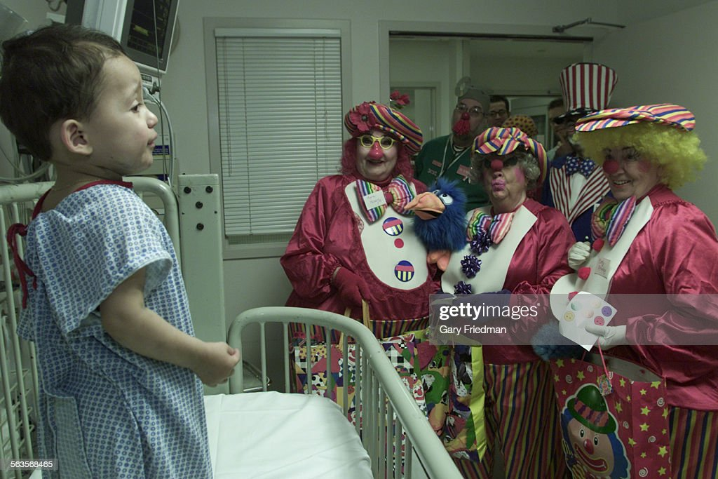 is a group of clowns that cheers patients and staff at