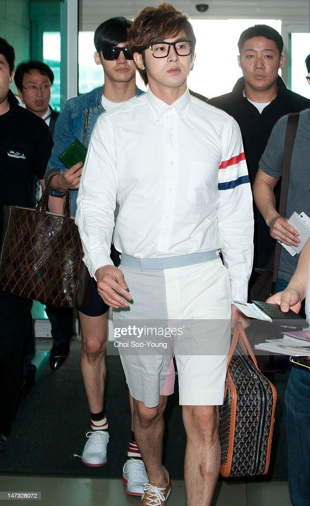 KOR: Celebrity Sighting At Incheon International Airport