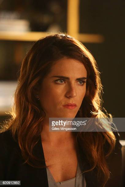 MURDER 'Is Someone Really Dead' A revelation in the Wallace Mahoney murder rattles Annalise and the Keating 5 as the team takes on the case of a...