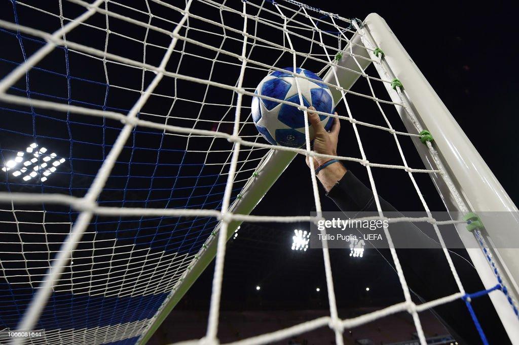 ITA: SSC Napoli v Red Star Belgrade - UEFA Champions League Group C