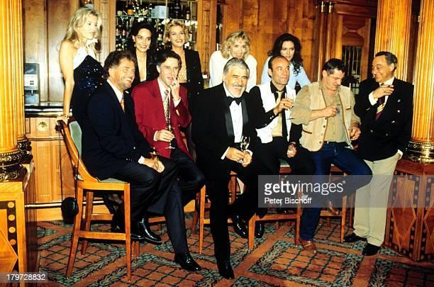 Isa Haller, Beatrix Bilgeri, Jennifer;Nitsch, Christine Reinhart, Maja Maranow,;Regisseur und Produzent Dr. Dieter Wedel,;Stefan Kurt, Mario Adorf,...