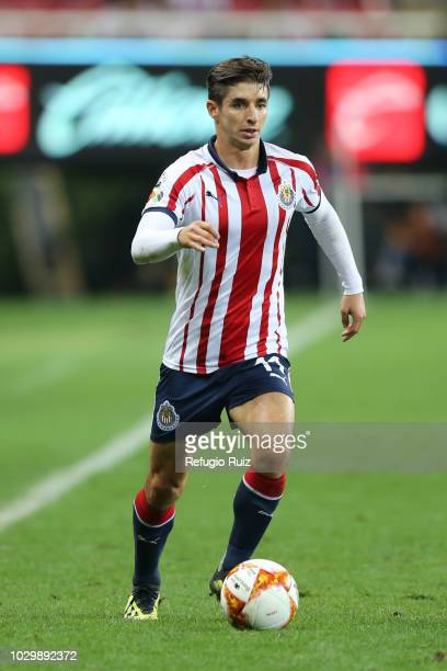 Isaac Brizuela of Chivas drives the ball during the 8th round match between Chivas and Pachuca as part of the Torneo Apertura 2018 Liga MX at Akron...