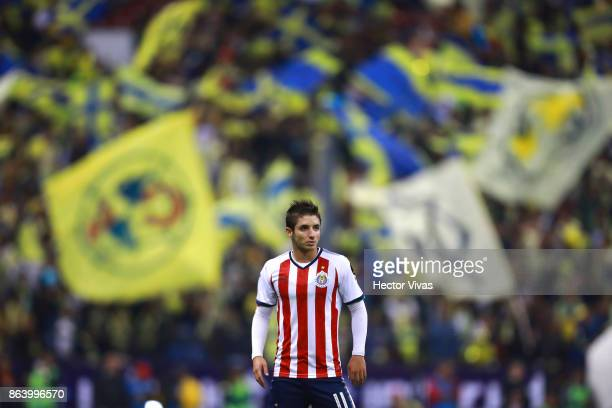 Isaac Brizuela of Chivas looks on during the 10th round match between America and Chivas as part of the Torneo Apertura 2017 Liga MX at Azteca...