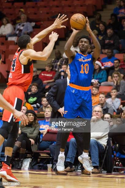 Isaac Hamilton of the Canton Charge shoots the ball against the Windy City Bulls on December 15 2017 at the Canton Memorial Civic Center in Canton...