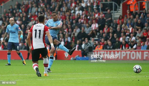 Isaac Hayden of Newcastle United scores their first goal during the Premier League match between Southampton and Newcastle United at St Mary's...