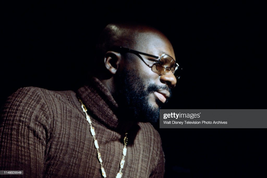 Isaac Hayes Appearing On ''Burt Bacharach: Close To You' : Fotografía de noticias