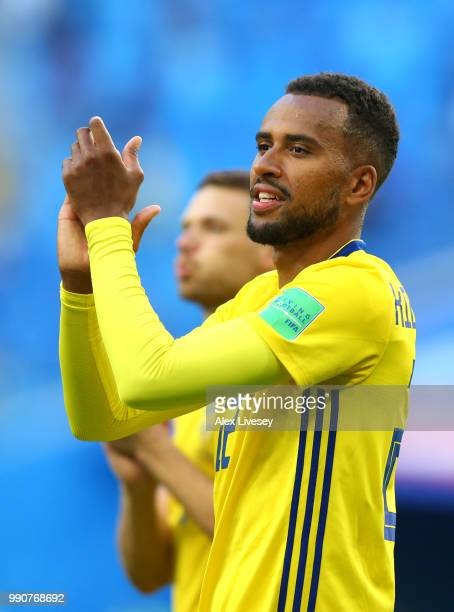 Isaac Kiese Thelin of Sweden acknowledges the fans following the 2018 FIFA World Cup Russia Round of 16 match between Sweden and Switzerland at Saint...